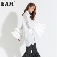 [EAM] New Fashion 2018 Autumn Casual Top White Black Butterfly Sleeve Turn down Neck Loose Shirt Women Personality T16200