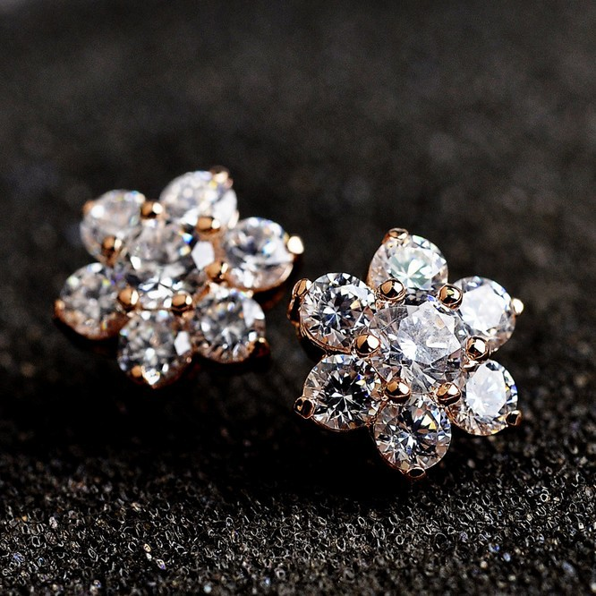 USTAR Austria Crystals snowflake Stud Earrings for women Gold/Silver color Brincos ouro Boucles doreille Bijoux women ...