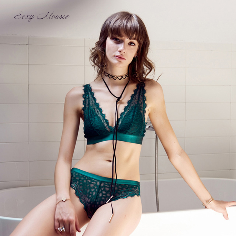 Sexy underwear Luxury   Bra   Panty   set   Women floral Underwear Young Girls Lingerie See through Black Green lace green backless