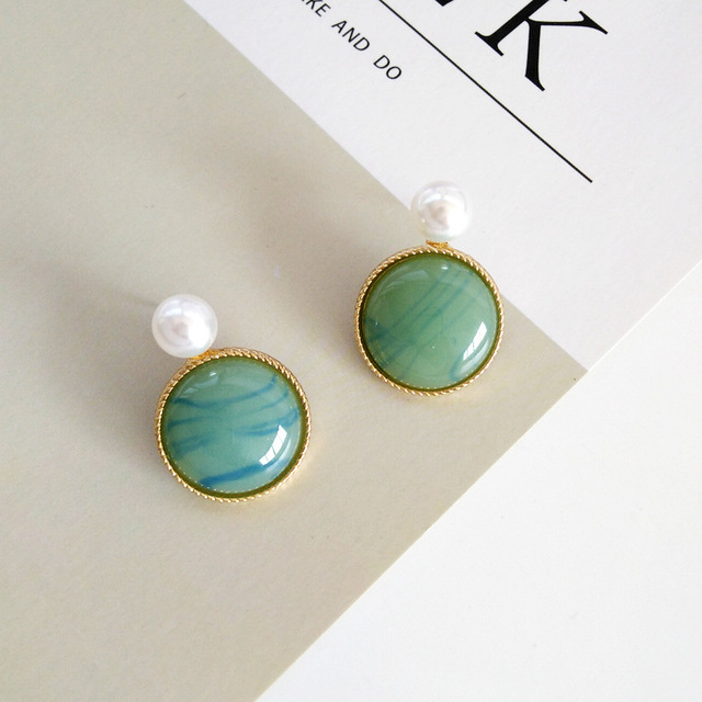 Luxury Vintage Palace Stone Pearl Clips on Earring Without Piercing Forest Elegant Crystal No Ear Hole Ears Clip Earrings Women 4