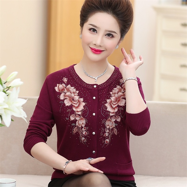 ebddf74c814a Plus Size Women Wool Cardigan Sweater Embroidery Single Breasted High-End 50-60  Years Old Mother S Knitted Sweater Coat R834