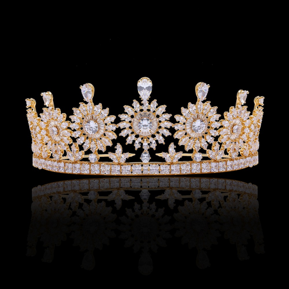 Royal Wedding Accessories Classic Spring Wedding Ideas: Cubic Zirconia Classic Big Royal Wedding Bridal Tiara
