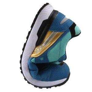 Image 2 - DEWBEST גברים של נעלי בטיחות הבוהן פלדה בנייה הנעלה מגן קל משקל 3D עמיד הלם עבודה Sneaker גברים