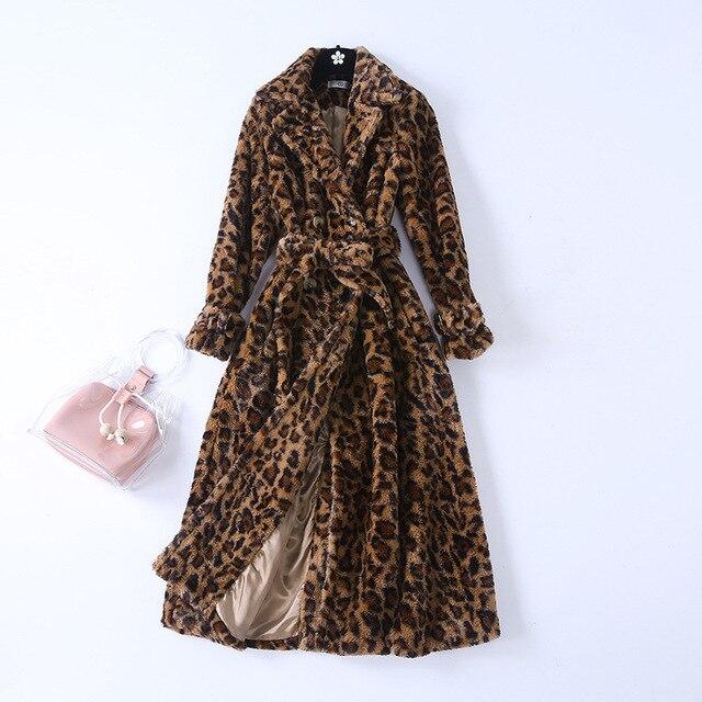 Phong cách châu âu leopard phụ nữ choàng 2018 mùa đông ấm áp áo D953
