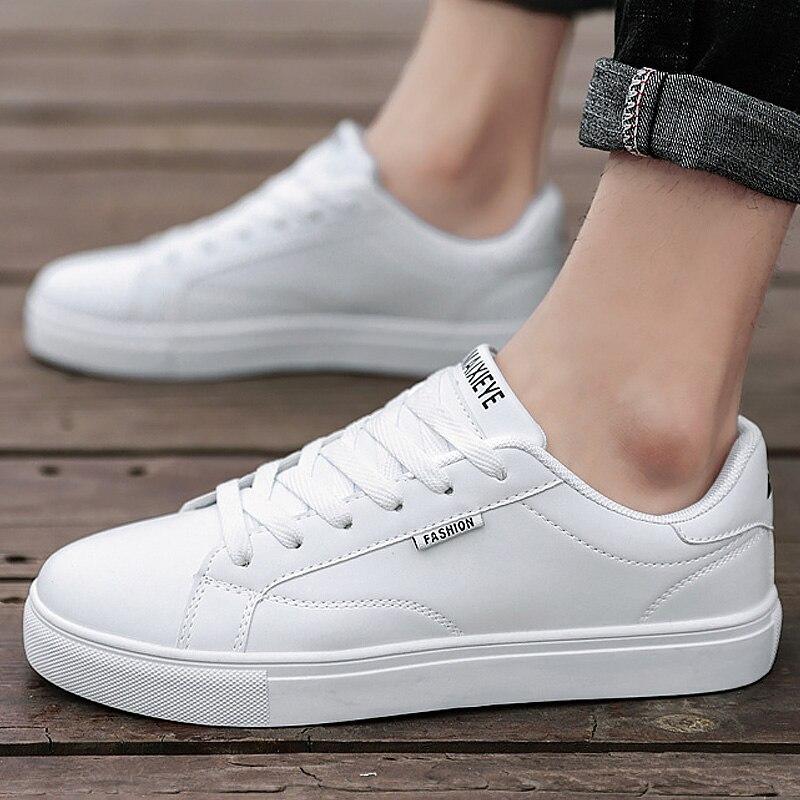 Men Vulcanized Shoes White Sneakers Men Flats Sport Shoes 2019 Autumn Leisure Comfort Korean Version