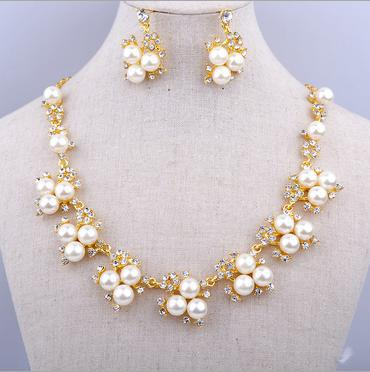 New Fashion Beautiful imitation pearl necklaces earrings clavicle chain For Women Wholesale Wedding Gifts B15 ABC