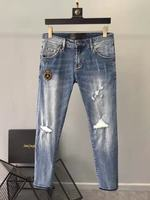 Модные Для мужчин джинсы 2019 взлетно посадочной полосы роскошь известный бренд Европейский дизайн вечерние стиль Мужская одежда WD02495