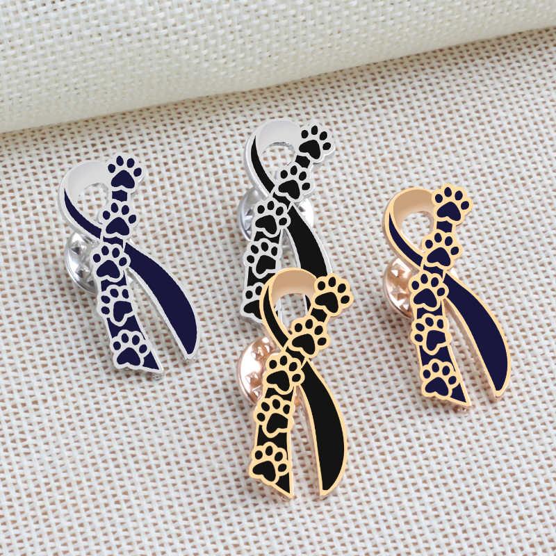 Gato Negro perro garra naipes escudo corbata broches de iconos mujeres Chaquetas vaqueras de hombre solapa Pin sombrero mochila insignias de botones de metal
