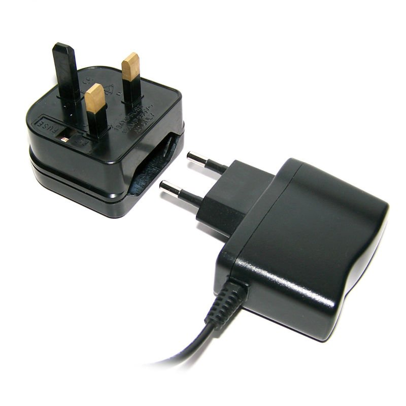 Free Shipping 2ps 13A 2Pin EU to 3Pin UK Socket Adapter BS5732, AC Power Adapter,Travel Power Connector Plug or Socket