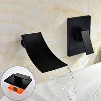 Вводит настенного типа кран встраиваемая коробка глава таблица размещены на нижнем бассейна кран для бассейна настенный
