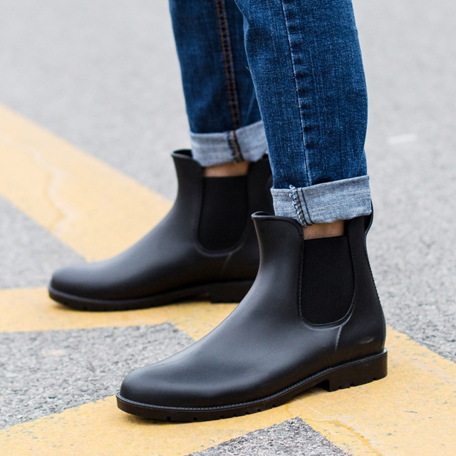 2020 Spring Cheap Men Rain boots man Chelsea boots male Ankle boots men Casual Boots Men rubber rain shoes Waterproof shoes Men's Fashion