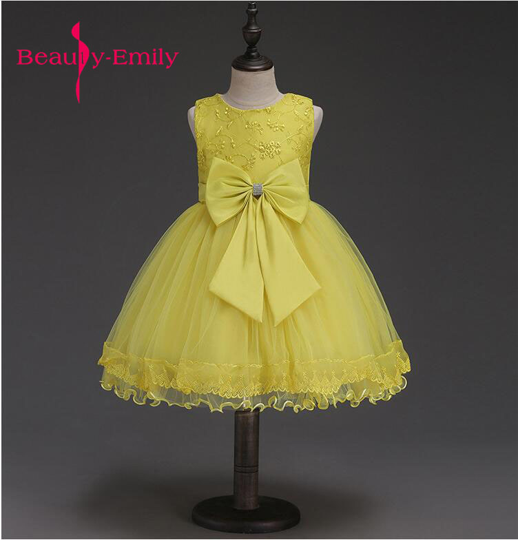 Spring Light Yellow Dress For Girls Stage Lovely Appliques Flower