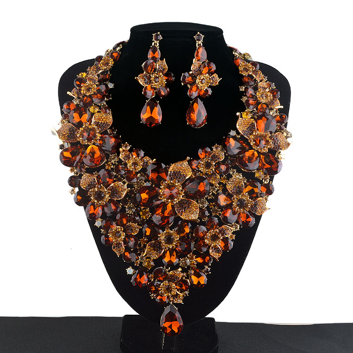 Brown color Crystal Statement Women Party Necklace earrings set Bridal Wedding Necklace Rhinestone Flowers Jewelry Sets цена 2017