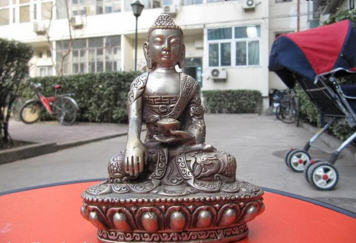 150401 S0388 Tibet Buddhismn Temple exquisite Silver Dragon Sakyamuni Tathagata Buddha Statue150401 S0388 Tibet Buddhismn Temple exquisite Silver Dragon Sakyamuni Tathagata Buddha Statue