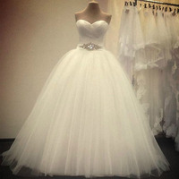 2015 New White Beige Sweetheart Off The Shoulder Sleeveless Lace Up Crystal Belt Ball Gown Quality