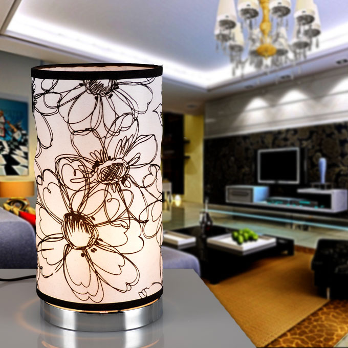 Manufacturers Wholesale Modern High-end Living Room Table Lamp Bedroom Bedside Eye Hotel Creative