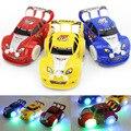 Brinquedo do miúdo de Direção Automática de Natal Piscando Música Toy Car Racing Elétrica Carro Cor Aleatória
