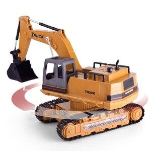 Image 2 - 1:18 грузовик дистанционного Управление Трактор Игрушки для грузовых автомобилей Rc 2,4G 8 канальный видеорегистратор для Rc игрушки трактора De Управление e дистанционного управления Управление б/у игрушка
