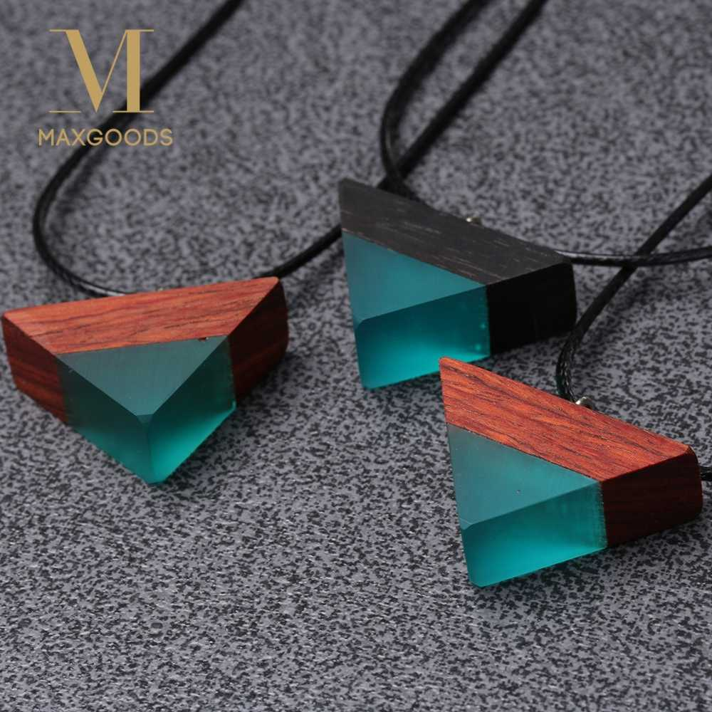 Random Color!! Fashion Triangle Resin Wood Pendant Necklace Handmade Resin Rope Chain Sandalwood of the Ocean Necklace for Women
