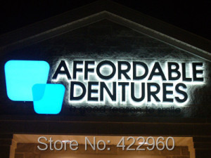 Factoy Outlet Outdoor Acrylic LED Store Sign