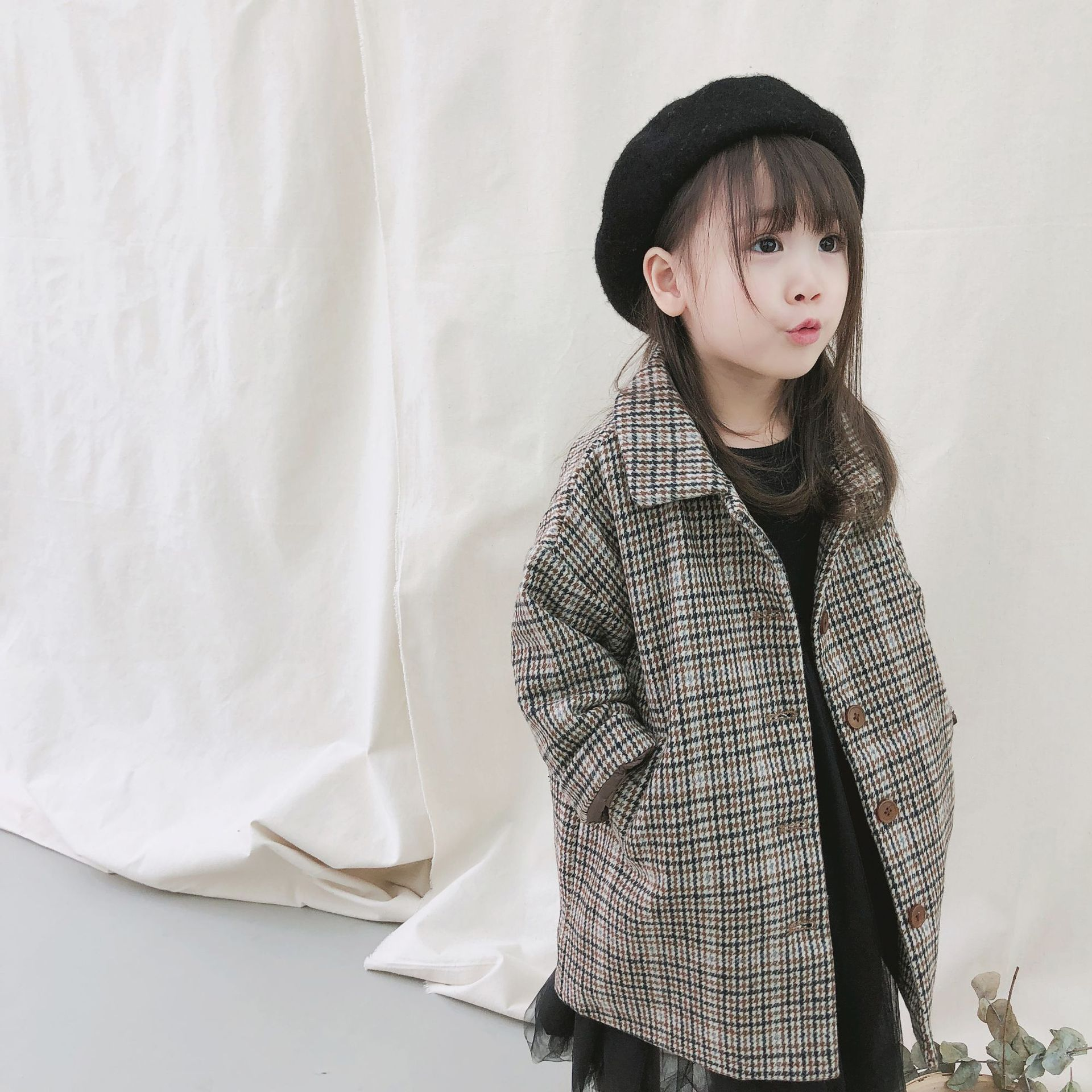 2018 Winter New Children's Wear, Korean Version, Plaid, Cotton Coat, fashion Children's Coat. thick outwear tartan plaid longline coat