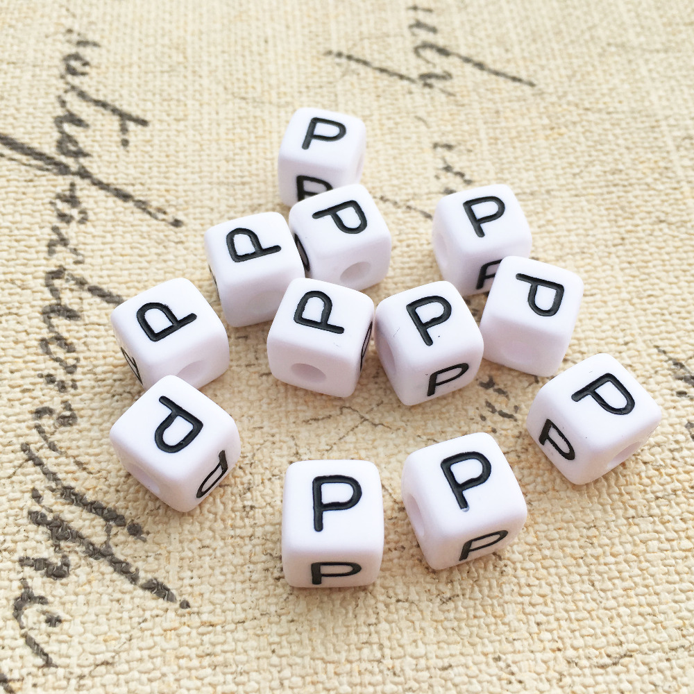 550PCS Single Letter P Printing Acrylic White Cube Beads Chunky 10*10MM Plastic Alphabet Jewelry DIY Beads Wholesale
