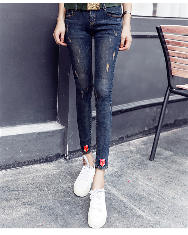 QA274 Spring new hot sale stretch pencil ripped skinny jeans woman slim middle waist denim pants trousers