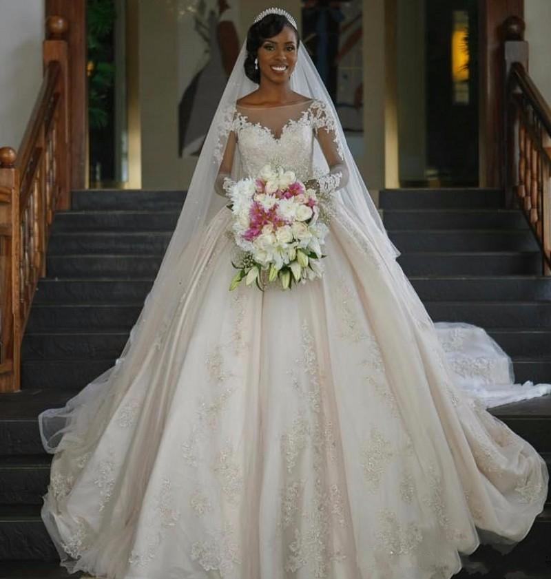 2019 Vintage Dress for Black Women Ball Gown Wedding Dresses Long Sleeves Illusion Zip Back Bridal