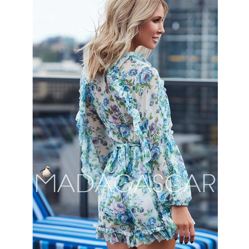 2018 Bohemian vacation summer designer brand women's wooden ear blue rose printed silk jumpsuit Conjoined shorts