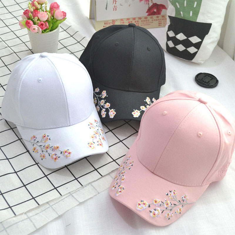 New Arrival Women Korean style Flower Embroidery Fashion Hat Retro Curved Eaves Lovers   Baseball     Caps