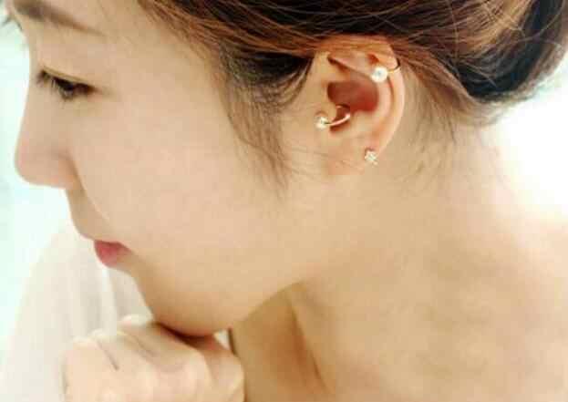 Nueva moda imitación perla en forma de corazón cinco puntas estrella Luna geometría triángulo sin orejas agujero hueso clip joyería 1 piezas