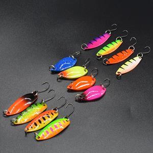 Image 4 - WLDSLURE 12 pièces mixte 2g/3.5g/5g boîte de pêche en métal appât cuillère leurre ensemble truite leurre matériel de pêche
