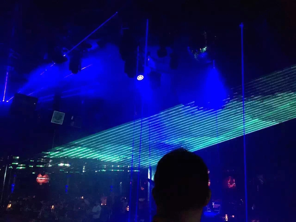 Flightcase + Big power Multi kleur RGB Laser Projector 15 W Podium lichten 40 k X/Y flips power knoppen stage light disco event ILDA - 2