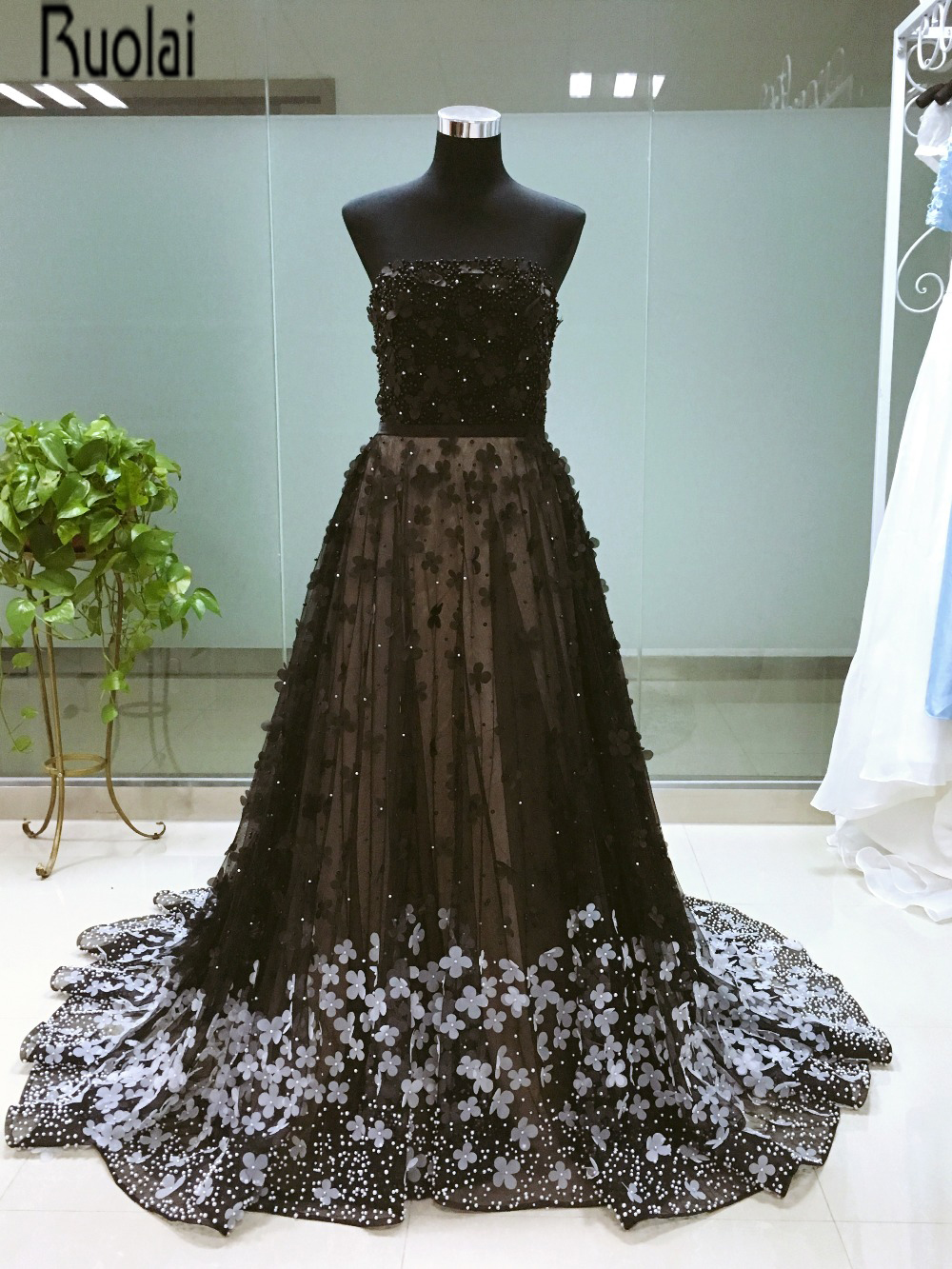 2016 New Real Sample High Quality A Line Heavy Beading Applique Strapless Black Long   Evening     Dresses   For Formal   Evening   Party