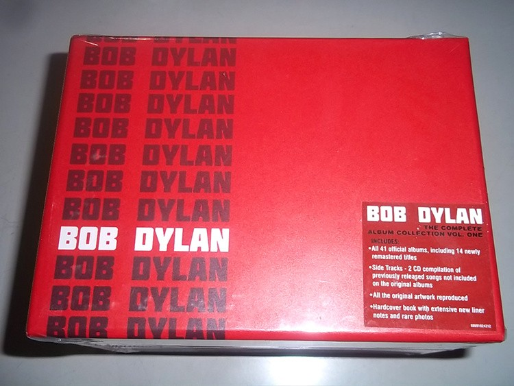 Bob Dylan CD The Complete Album Collection VOL One 47 CDs Colossal Music Boxset dropping Shipping the classic 90s collection cd