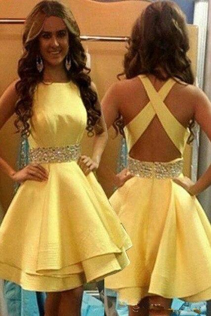 Robes de soirée courtes jaunes 2019 perlées sans manches a-ligne genou longueur robe de bal croisé dos robe de soirée Vestidos de baile