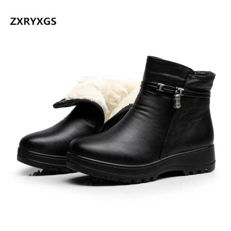 ZXRYXGS Brand Shoes Woman Warm Genuine Leather Ankle Boots 2018 New Winter Snow Boots Women Non slip Flat Boots Shoes Woman