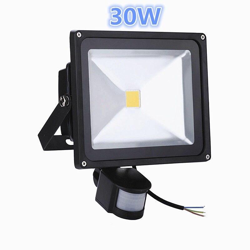 Projecteur de lumière d'inondation de détecteur de mouvement LED de corps infrarouge de 30 W PIR projecteurs 85-265 V IP65 imperméabilisent la lampe extérieure d'ampoule de paysage
