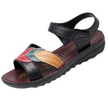 SAGACE lato kobiet płaskie dno plaża sandały w średnim wieku buty dla matek sandały buty Sexy wysokiej jakości Outsid buty damskie tanie tanio Podstawowe Mieszkanie z NONE Otwarta RUBBER Niska (1 cm-3 cm) Party Hook loop Pasuje prawda na wymiar weź swój normalny rozmiar
