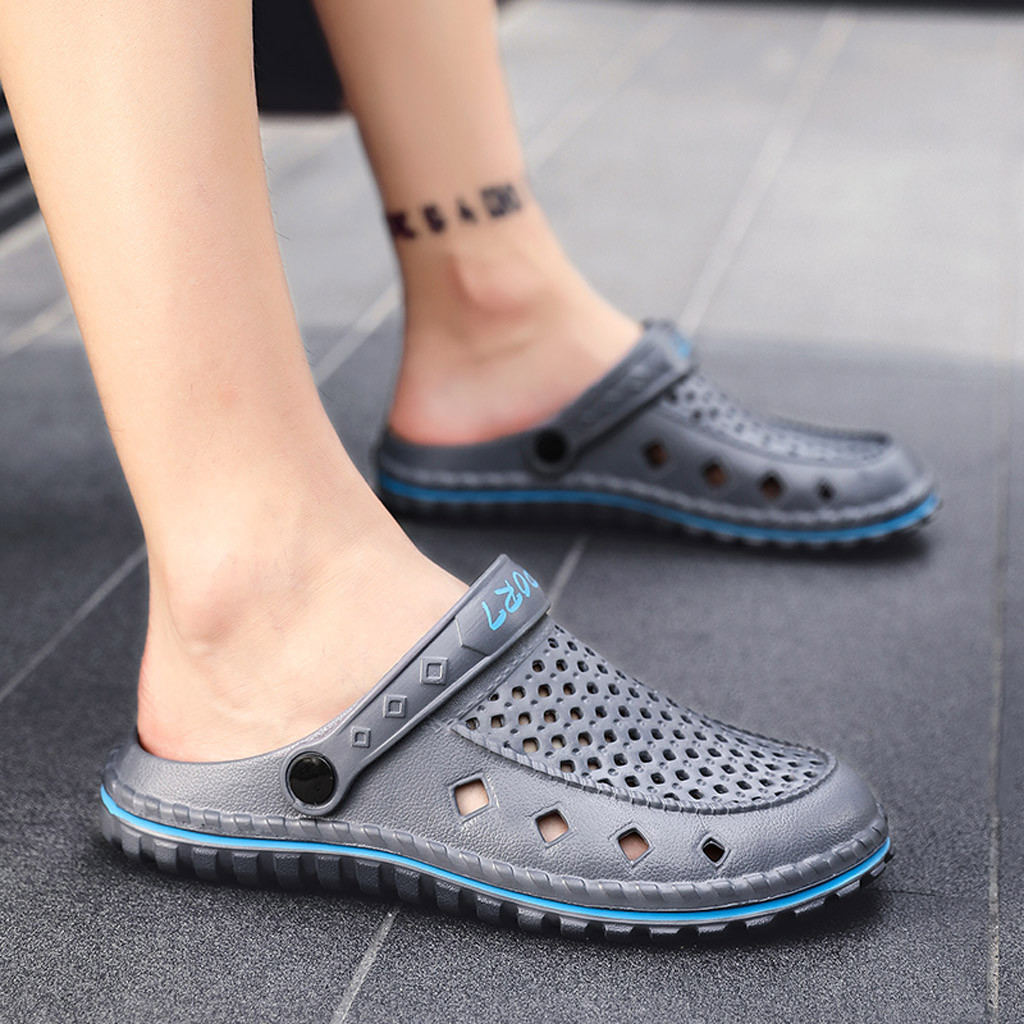 2019 Spring Summer New Fashion Men's Wild Summer Breathable One-Legged Hole Shoes Hollow Out Solid Color Beach Slippers