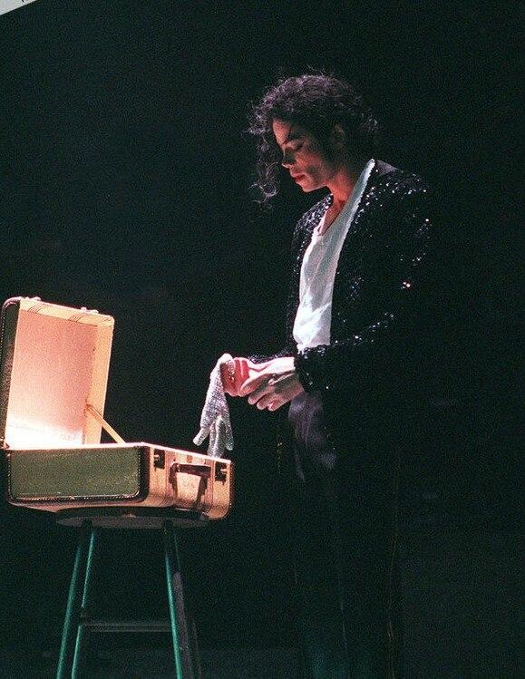 Classique MJ blanc autriche cristal gant fait à la main Collection1: 1 Michael Jackson coton gant, Performance gants hommes Luva Tatica