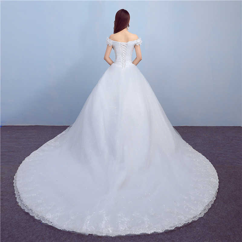 2017 nuovo Abito Da Sposa con il Treno Scollo A Barca Applicue Del Fiore Dell'annata Abito Da Sposa Sweep Treno Abito Da Sposa Abiti Da Sposa