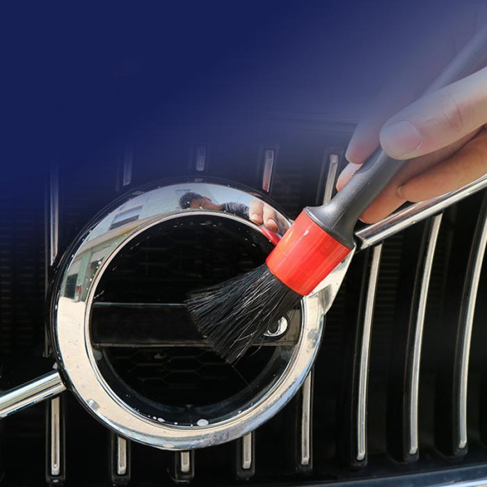 detalhamento automático para a limpeza do carro