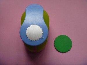 Image 5 - Gratis Verzending 2 inch Golf Cirkel EVA foam ponsen papier puncher voor wenskaart handgemaakte DIY scrapbooking craft punch machine