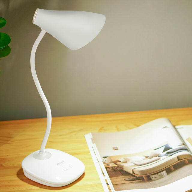 LED Stand Flexible Desk Lamp Modern Touch Switch Led Rechargeable Night Light Table Lamps Eye Care Reading Study Bed Side Lamp