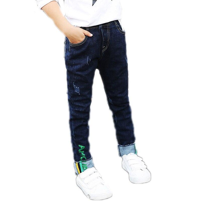 2018 Frühling Kinder Jeans Lange Hosen Aufgerollt Junge Hosen Brief Gedruckt Teen Jungen Hosen Junge Zerrissene Denim Hosen Hosen üBereinstimmung In Farbe