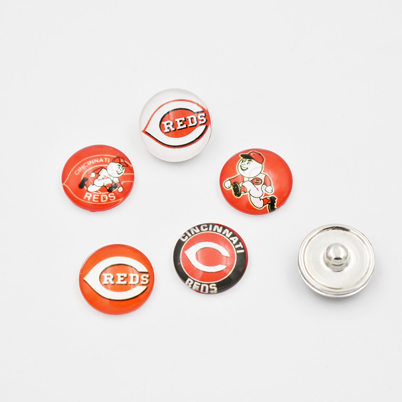 Newest 5 Styles Cincinnati Reds Baseball Team Glass Snap Button Fit For 18mm DIY Snap Jewelry (Mixed 50pcs or Single 20pcs)