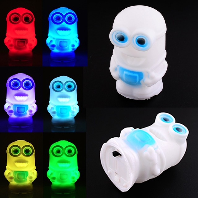 Promotion Changing Color Minions Model LED Night Light Lamp Powered AG13 Battery lava lamp abajur infantil luzes para festa IL01