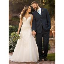 Sparkly Traditional A Line Wedding Dress With Spaghetti Straps Lace Appliques Court Train