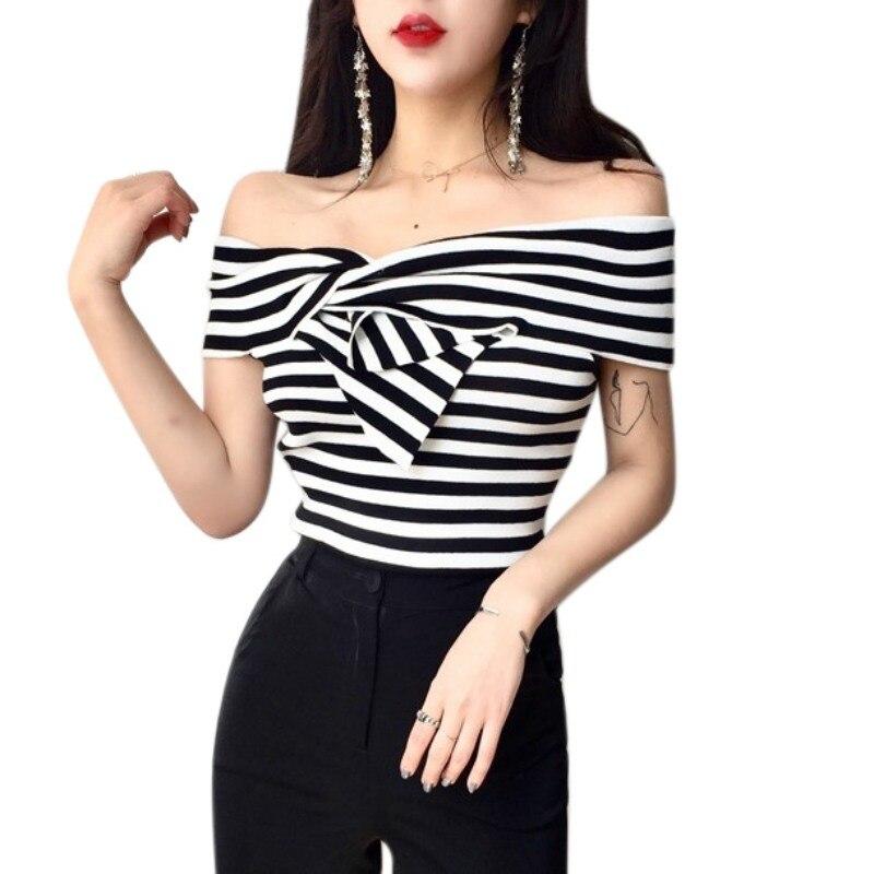 Off Shoulder Crisscross Front Striped Short Sleeve Black And White T-shirt Women 2019 Summer Temperament Slim Slash Neck Tops